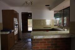 before-after-resurface-Mandurah-Kitchen-3